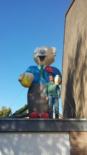 Alfred 50 jaar!! Deze pop schreeuwt het van de daken!!